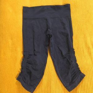 Lululemon Ebb and Flow Crop Ruched leggings